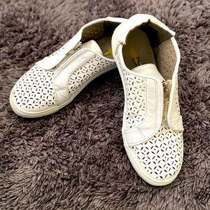 Cute Patterned White Walking Shoes Women's 6